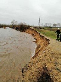 Дъждовете разрушиха две диги на река Марица край Септември