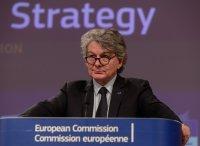 ЕС: Месец самоизолация ще ни струва до 3% от БВП