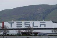 """""""Тесла"""" със собствен прототип на обдишващ апарат"""