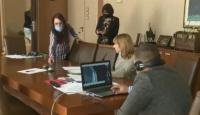 Общинските съветници във Варна заседават дистанционно
