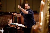 Слушането на класическа музика повишава успеха на изпити