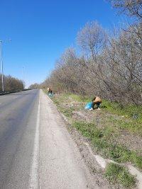 снимка 3 Почистиха 16 тона отпадъци в участъка между Русе и Мартен