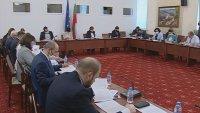 Правната комисия към НС реши: Кабинетът да обявява извънредна епидемична обстановка