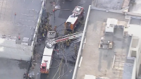 11 огнеборци пострадаха при гасене на пожар