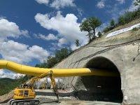 """Инспектираха как върви строежът на тунел """"Железница"""""""