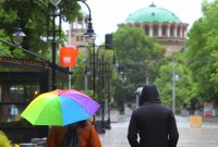 Времето днес: Повече валежи и още по-хладно
