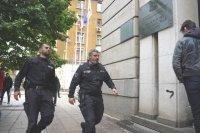 Доведоха зам.-министър Красимир Живков в МОСВ, извършват се обиски