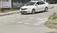 Шофьор блъсна майка с дете на пешеходна пътека във Варна и избяга