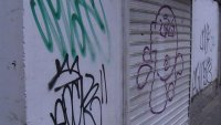 Русе бори вандализма с единен център за видеонаблюдение и машини за чистене на графити