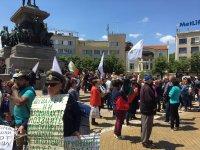 """снимка 3 Протест на Мая Манолова и """"Системата ни убива"""" срещу управляващите"""