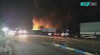 Палеж по непредпазливост е основната версия за пожара в зеленчуковата борса в Кърналово