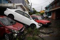 """Тропическата буря """"Аманда"""" удари Салвадор. Стихията отне и 14 живота"""