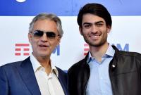 """Синът на Андреа Бочели впечатли с изпълнение на саундтрака към """"Цар Лъв"""""""
